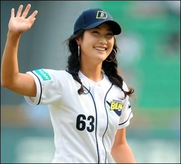 キムハヌル ゴルフ 女優 カップ すっぴん 画像 名前 意味