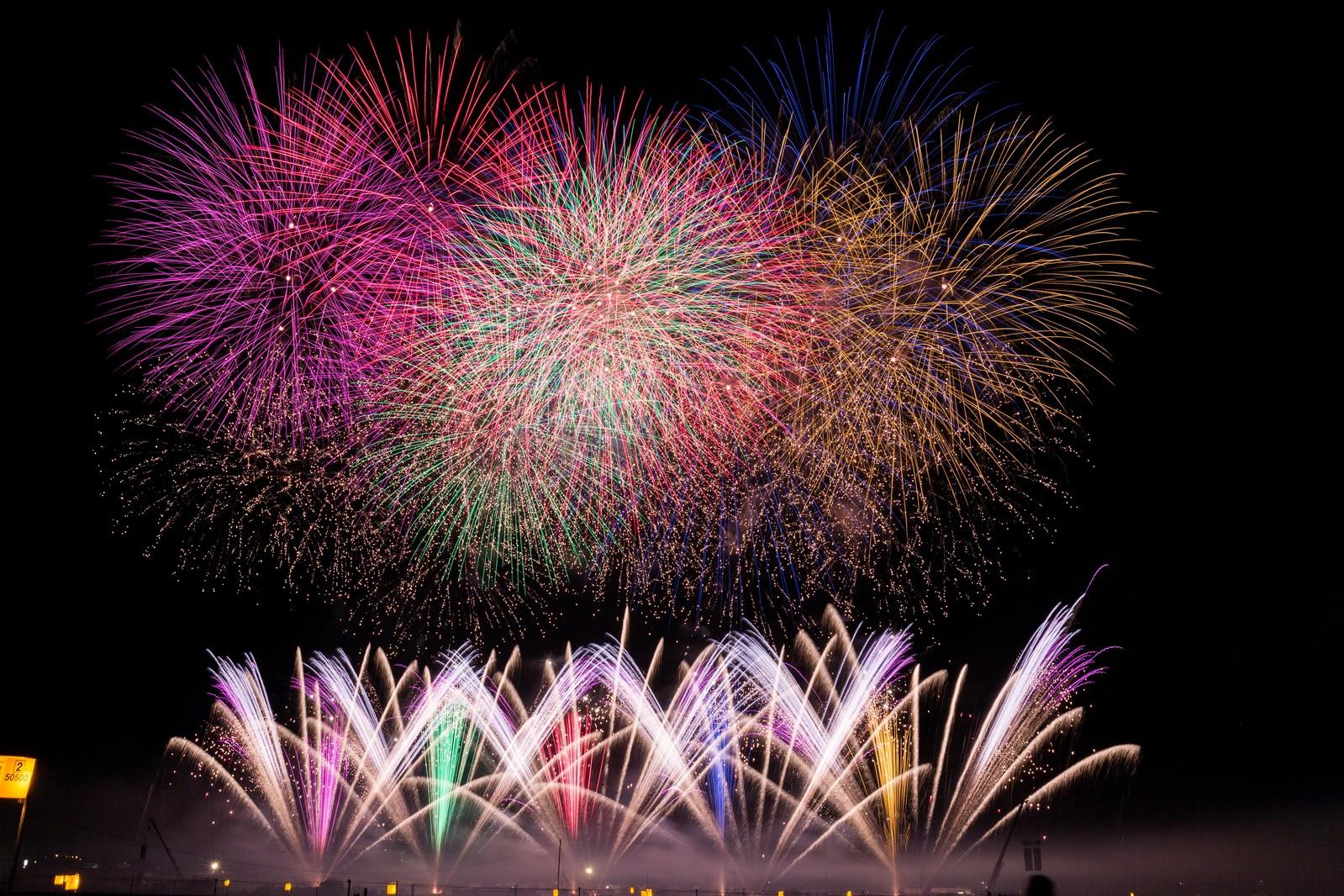 PL花火大会2019穴場や有料観覧場所と最寄駅!日程時間と混雑状況や終電