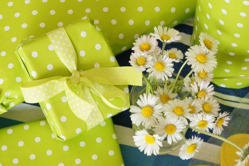 贈り物 お礼状 書き方 例文 タイミング メール お礼 お中元 お歳暮 親戚 ビジネス