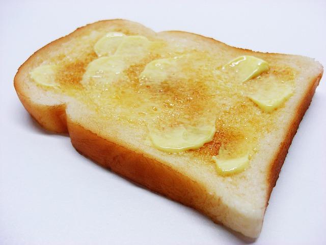 マーガリンのトランス脂肪酸は体に悪い理由とバターとの違いや危険性