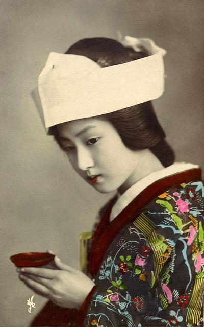 geisha-439319_640 (1)