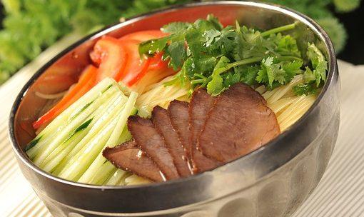 韓国冷麺・盛岡冷麺の原料の違いやカロリーと糖質!ダイエットには?