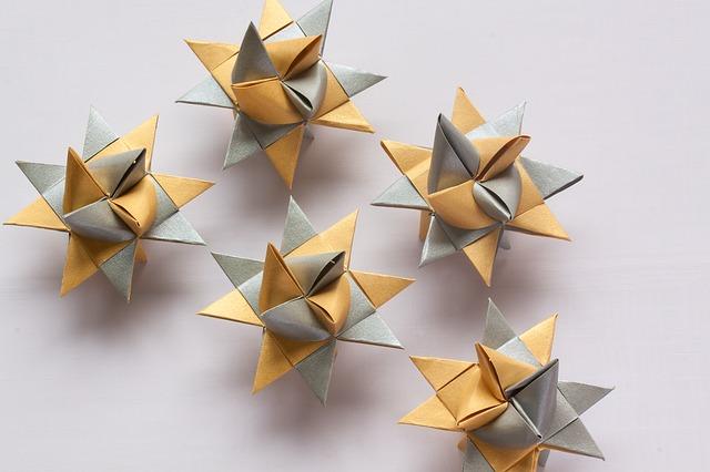 origami-215767_640